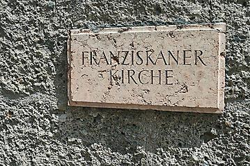 Hochzeit-Maria-Clemens-Salzburg-Franziskaner-Kirche-Mirabell-_DSC5201-by-FOTO-FLAUSEN