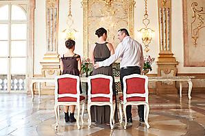 Hochzeit-Ines-Wolfram-Lucy-Schloss-Mirabell-Marmorsaal-Salzburg-_DSC8897-by-FOTO-FLAUSEN