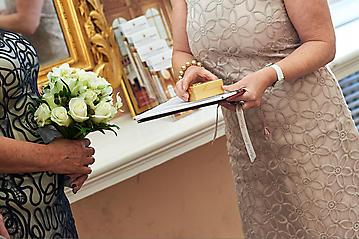 Hochzeit-Andrea-Gerry-Schloss-Mirabell-Salzburg-Hochzeitsfotograf-_DSC2676-by-FOTO-FLAUSEN