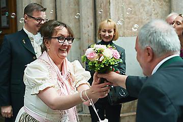 Hochzeit-Maria-Clemens-Salzburg-Franziskaner-Kirche-Mirabell-_DSC5221-by-FOTO-FLAUSEN