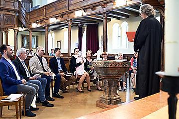 Taufe-Marlen-Greta-Schoendorf-Christuskirche-Salzburg-_DSC5984-by-FOTO-FLAUSEN